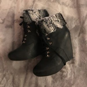 Boutique 9 Booties Size 7